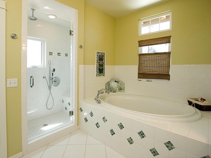 Интерьер ванной своими руками недорого