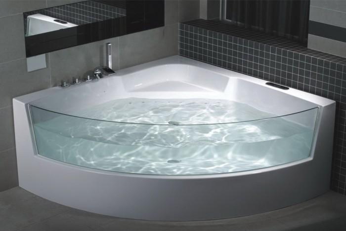 угловая ванна с прозрачным бортом