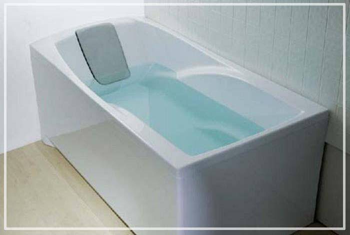 сколько в ванне литров воды