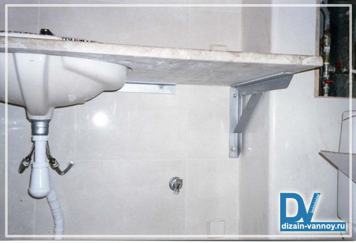 крепление столешницы в ванной