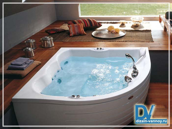 угловая ванна со стеклом