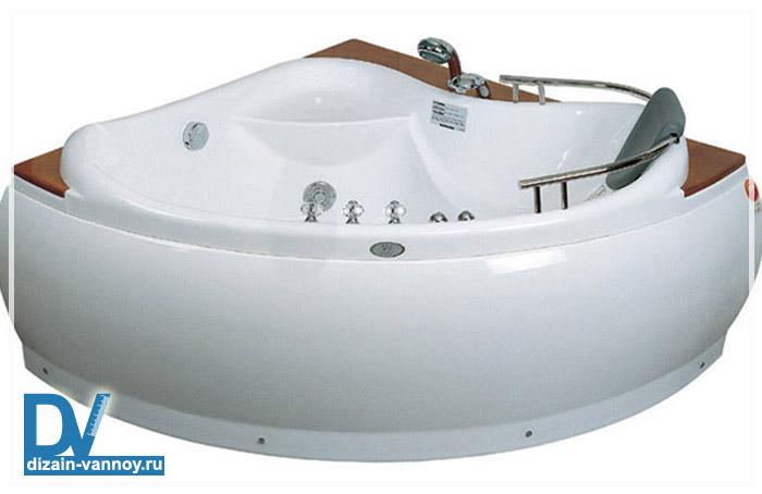 большие ванны квадратные