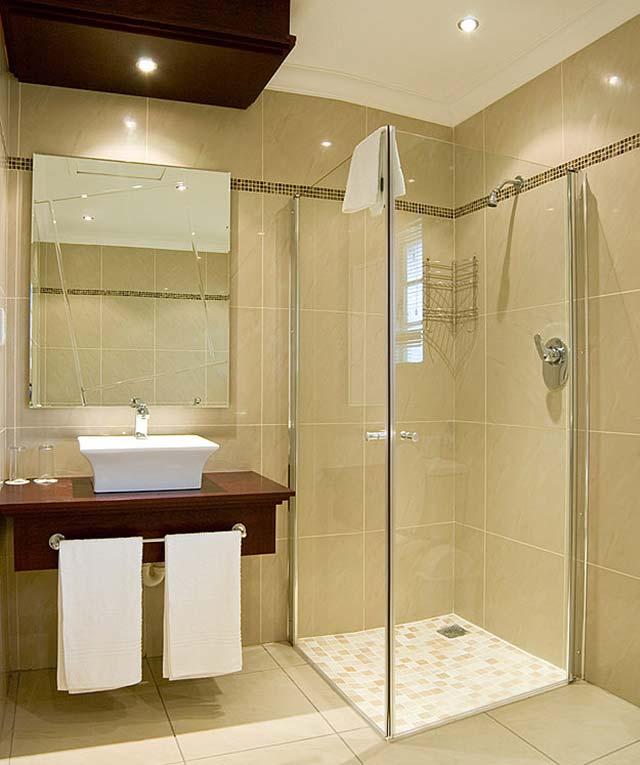 плитка в полоску для ванной