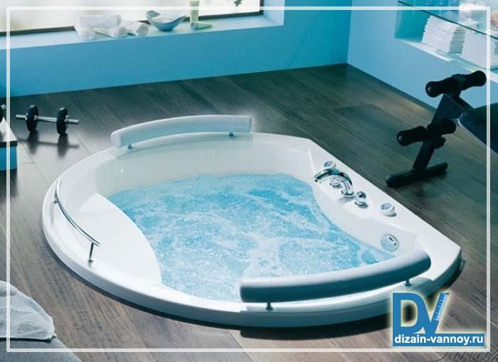ванна большого размера