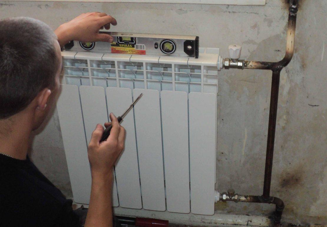 как установить биметаллический радиатор