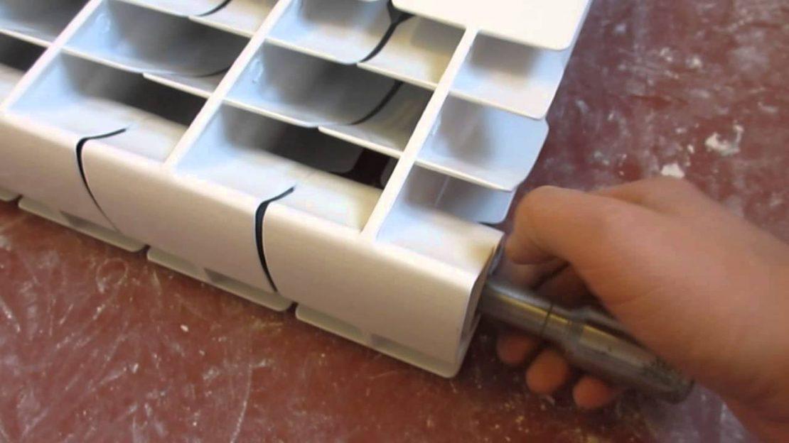 как соединить биметаллические радиаторы