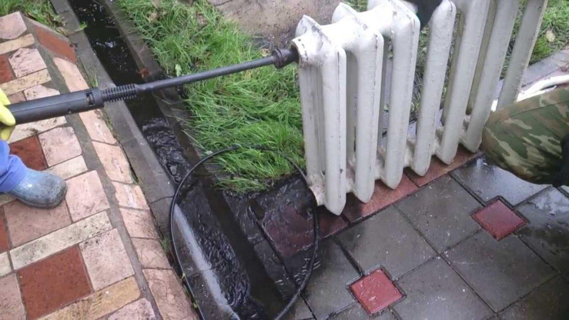 чистка чугунного радиатора